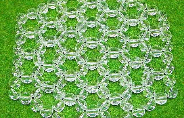 水晶が六角形に並んだ浄化クリスタルマットでお手軽に浄化と開運しましょう